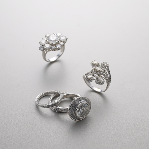 Diamonds rings